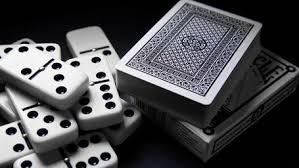 Tips Efektif Bermain Poker Domino Online
